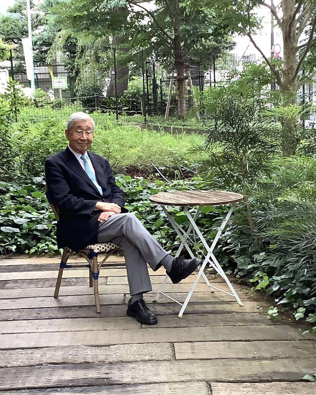 高嶋弘之の写真